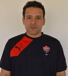 Wilson-Vasconcelos-meedico-e1461972672332-280x310