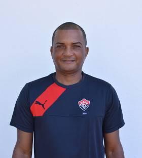 Reginaldo Nunes - massagista